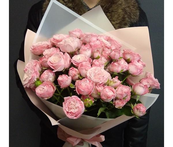 15 кустовых роз Бомбастик.