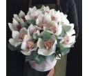 Шляпная коробка с цветами №30